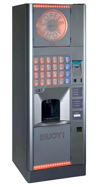 Automaty do kawy i napoje gorące.